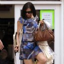 Famke Janssen Walking Her Dog And Cleaning Up After, New York City 2008-06-16