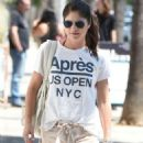 Selma Blair in Shorts out in Los Angeles - 454 x 990