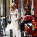 Elsa Pataky Out and About On A Shopping Trip With Friends In Madrid