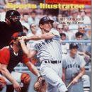 Carl Yastrzemski - Sports Illustrated Magazine Cover [United States] (21 August 1967)