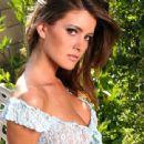 Holly Weber - 454 x 340