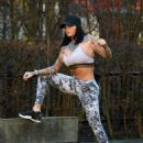 Jemma Lucy in Tights and Sports Bra – Workout in Manchester - 454 x 593