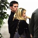 Hayden Panettiere - Holding Hands With Milo Ventimiglia - Out Shopping