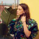 Crista Cober - Elle Magazine Pictorial [Canada] (January 2017) - 454 x 681