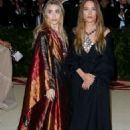 Mary-Kate and Ashley Olsen – 2018 MET Costume Institute Gala in NYC - 454 x 681