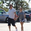 Reese Witherspoon is seen going to the market with husband Jim Toth in Los Angeles, California on June 19, 2016 - 454 x 558