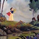 Snow White and the Seven Dwarfs - Adriana Caselotti - 454 x 340