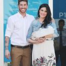Sergio Ramos and Pilar Rubio - 454 x 775
