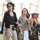 Lisa Rinna and Kyle Richards – 2018 Coachella Festival in Indio - 454 x 552