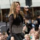 Shania Twain – Performs on NBC Today Show Summer Concert Series in NY - 454 x 540