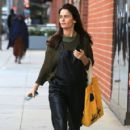Actress Robin Tunney was spotted running errands in Beverly Hills, California on December 9, 2016 - 421 x 600