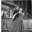 Paint Your Wagon Original 1951 Broadway Cast Starring James Barton - 454 x 566