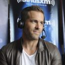Ryan Reynolds- July 11, 2015-SiriusXM's Entertainment Weekly Radio Channel Broadcasts from Comic-Con 2015 - 386 x 600