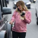 Hilary Duff – Out for a breakfast in Los Angeles