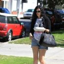 Rumor Willis leaves a restaurant with leftovers in Los Angeles, California on July 6th, 2012