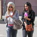 Vanessa Hudgens & Ashley Tisdale: Dancin' Darlings