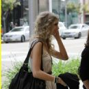 Taylor Swift - Lunch At The Farm In Beverly Hills - March 24 2010