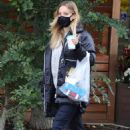 Kaley Cuoco – Spotted while out in Toronto