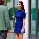 Emma Roberts in royal blue outfit out in New York - 454 x 721
