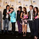 Press Photos With New Moon Cast After Their 2010 MTV Movie Awards Win - 454 x 302