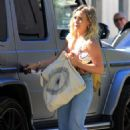 Hilary Duff – Visiting her mom in LA