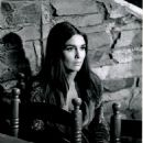 Anjanette Comer - 454 x 568