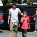 Gavin Rossdale takes his son Kingston to his soccer game in Sherman Oaks, California on April 12, 2015 - 454 x 539