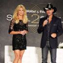 Tim McGraw and wife Faith Hill announcing their 'Soul2Soul' concert event at The Venetian Theatre in Las Vegas (August 7) - 454 x 681