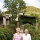 Jill Eikenberry and Michael Tucker - 267 x 452