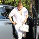 Jennifer Lopez – Arrives at the studio in Los Angeles