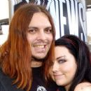 Amy Lee and Shaun Morgan - 454 x 258