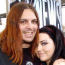 Amy Lee and Shaun Morgan - 454 x 258