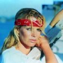 Kim Basinger - 454 x 300