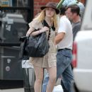 Dakota Fanning was spotted out and about in Manhattan yesterday, Septenber 22. The actress was most likely headed to class
