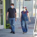 Alyson Hannigan and Alexis Denisof – Spotted shopping at Ace Hardware - 454 x 351