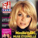 Mireille Darc - 454 x 583
