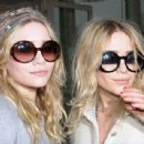 Mary Kate & Ashley Olsen - 445 x 342