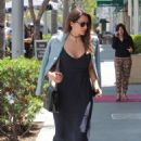 Katharine McPhee out for lunch in Beverly Hills - 454 x 681
