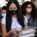 Kimora Lee Simmons – Seen while out Thanksgiving meals to the homeless in Los Angeles - 454 x 700