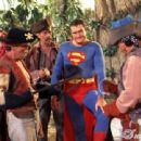 Superman On Pirates Island - 454 x 340