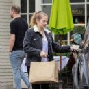 Teresa Palmer at Erin McKenna's Bakery in LA - 454 x 681