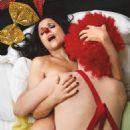 Julia Louis-Dreyfus - 454 x 617