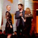 2016 MTV Movie Awards - Show - 454 x 302