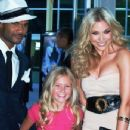 Damien Dante Wayans, Kaylee Dodson & Shoshana Bush arriving at the premier of Dance Flick 2009 - 348 x 500