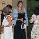 Kate Upton – Has dinner with friends at Nobu in Malibu