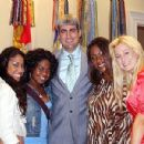 from left, Lisa Tucker, Paris Bennett, Taylor Hicks, Mandisa and Kellie Pickler
