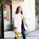 Alison Brie – Shopping at a Market in Los Angeles