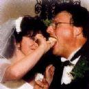 Paula Sutor and Wayne Knight