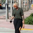 Amber Rose in Black Leggings – Out in Miami - 454 x 624