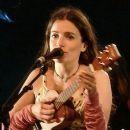 Israeli actresses by medium